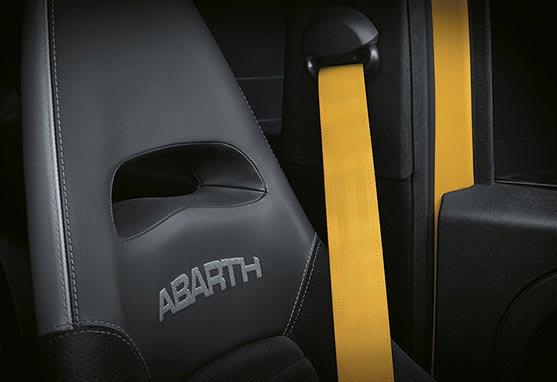 {93dbbd49-5551-4b20-975b-961167e40b68}_abarth-new595-competizione-sports-car-03-C-Box-557x382