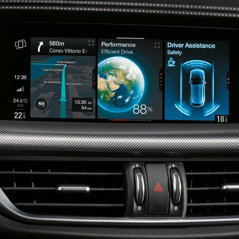 alfa-romeo-stelvio-interni-display-8-8-touch-desktop-980x980