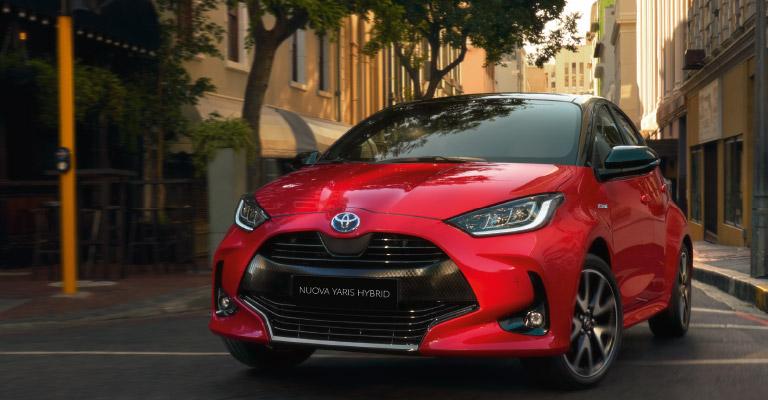 Toyota Yaris Hybrid tua da <strong>19.900€</strong>! Solo ad Ottobre!